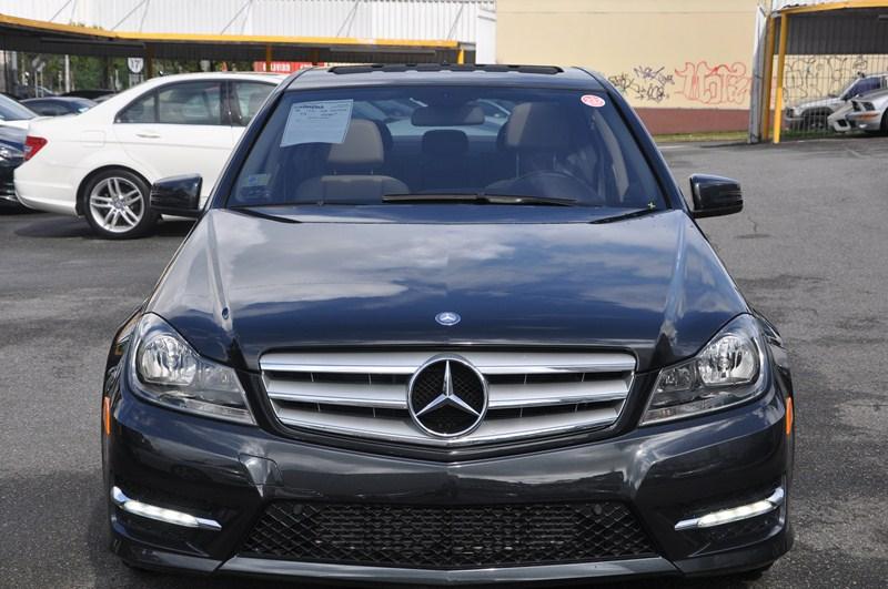 Mercedes cabrera imagen for Mercedes benz auto mall